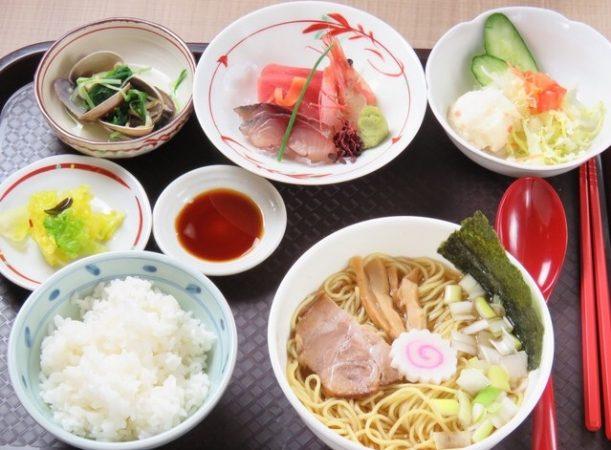 和食バル はれるやメニュー「日替わり定食」