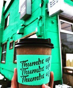 サムズアップコーヒースタンドの外観
