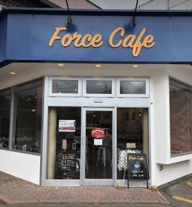 フォース カフェの外観
