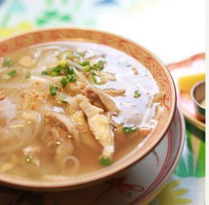 yucana(ユカナ)の一番人気「鶏肉のフォー」