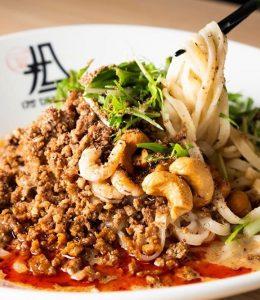 175DENOの「汁なし白ごま担担麺」
