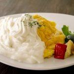 【オムライス&カフェ エスプーマ】イチオシの「サッポロファクトリー人気メニューランキング」のテレビ番組  内で紹介。オムライスにエスプーマ仕立てのソースがついた魅力的なメニューが充実!