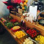【果実倶楽部818】新鮮野菜&果物食べ放題!ロフトにある隠れ家レストラン!