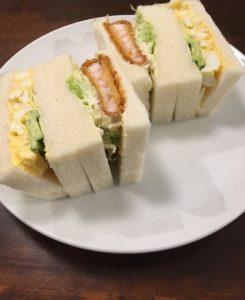 さえらのサンドイッチ「メンチカツ&たまご」