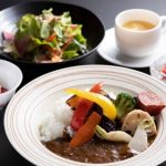 【魁陽亭 越治】大正ロマンを感じさせるレトロな文豪カフェ!美味しい料理を楽しめる!
