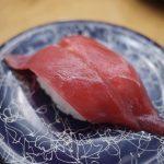 【日の出寿司】リーズナブルな価格で素材にこだわる新鮮な回転寿司!