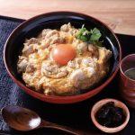 【鶏と鴨鍋 はし田屋】昼は卵にこだわる親子丼・夜は鶏料理の専門店!