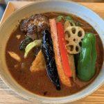 【キッチングリズリー】八百屋が営む新鮮野菜のカレーとハンバーグの店!